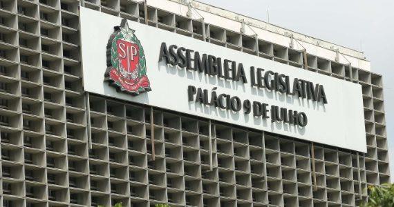 Deputados estaduais paulistas tomam posse nesta sexta (15)