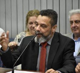 CENA POLÍTICA- QUINTA-FEIRA, 3 DE OUTUBRO