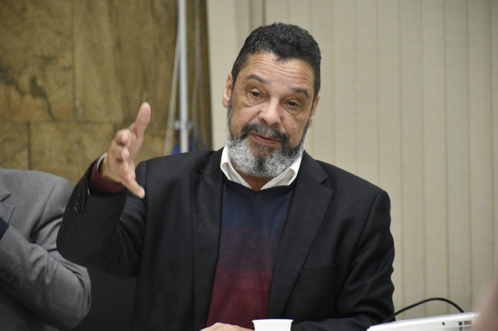 BARBA COBRA REAÇÃO A REAJUSTE PARA POLICIAIS ABAIXO DA INFLAÇÃO