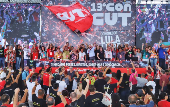 Bancada do PT saúda o novo presidente da CUT, o metalúrgico Sérgio Nobre