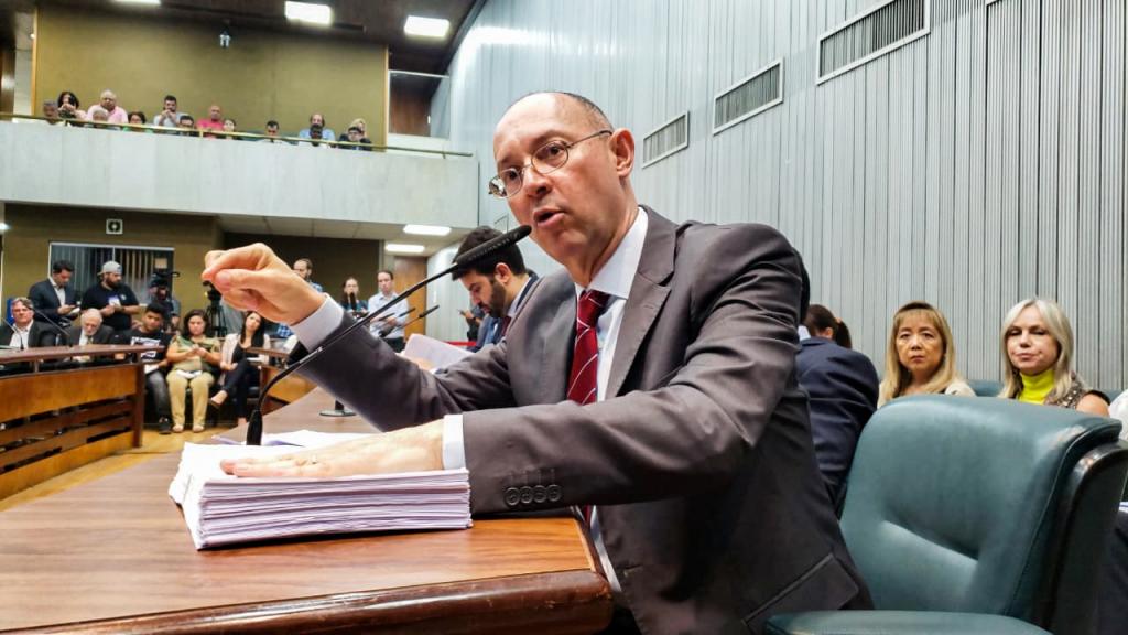 PAULO FIORILO PEDE INSTAURAÇÃO DE CPI PARA INVESTIGAR A PREVENT SENIOR