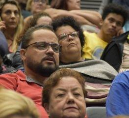 CENA POLÍTICA – QUARTA-FEIRA, 5 DE FEVEREIRO