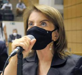 PROFESSORA BEBEL É A NOVA LÍDER DA BANCADA DO PT NA ALESP